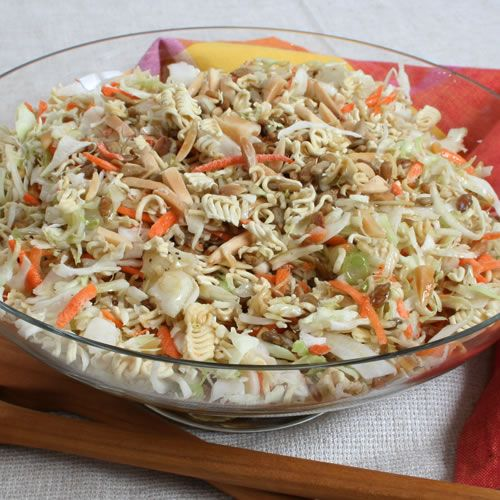 oriental coleslaw... love this stuff! | Food to try | Pinterest