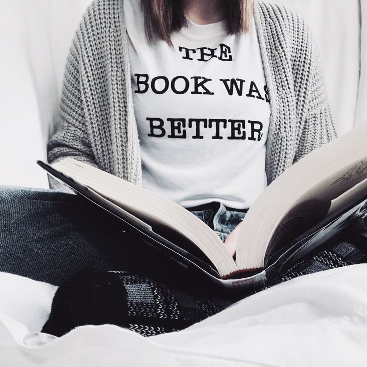 """siriusly-bookish: """"Trying to get back into this reading game. Took a sufficient break and am now ready to pick up another book! """""""