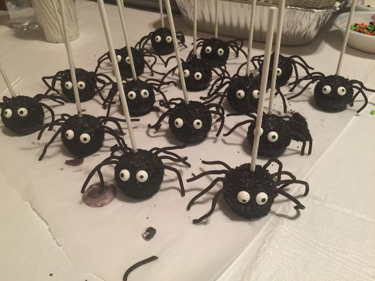 spider cake pops halloween snackshallowen partyhalloween decorationsspider - Halloween Decorations Cakes