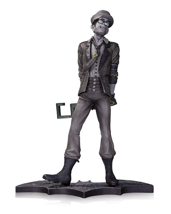 BATMAN: ARKHAM CITY—THE RIDDLER STATUE