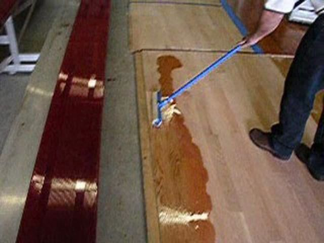 Flooring Tutorial How To Apply Bona Amberseal Polytone