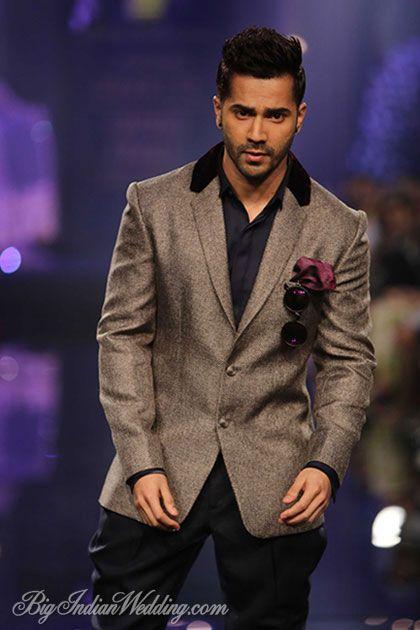 Varun Dhawan for Manish Malhotra at LFW W/F 2014