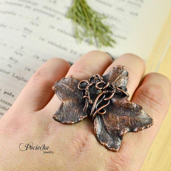 Ivy Labradorite Botanical RingLeaf Ring by POCIECHAjewelry on Etsy