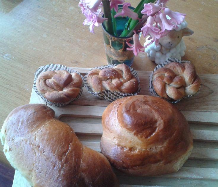 Greek Easter Tsoureki!