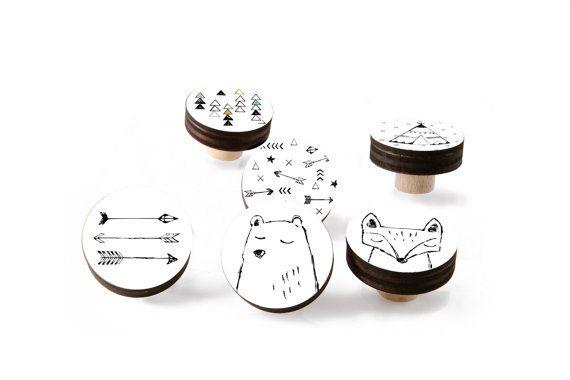 Set van zwart & wit houten lade handvat, Indiaanse ontwerp knoppen, kinder kamer decor, lade knoppen 1.8 duim