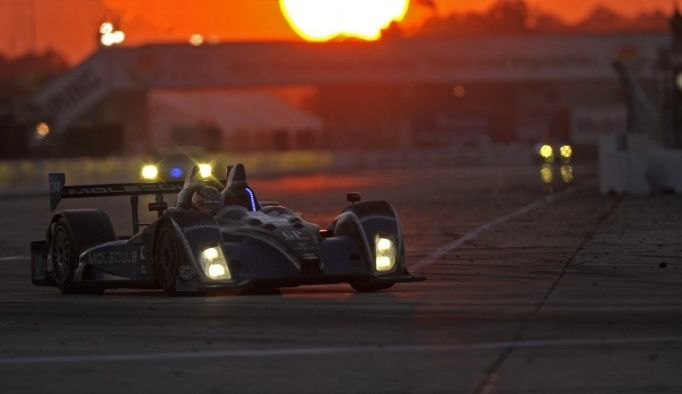 SEBRING night - Complete 12 Hours of Sebring TV schedule includes three hours on Fox Sports 1 >~:> http://www.autoweek.com/article/20140228/unitedsportscar/140229789