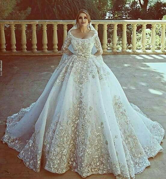94 best Trajes de Novias images on Pinterest | Short wedding gowns ...