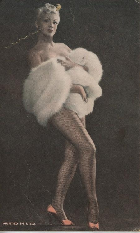 Zorita color arcade card.: Burlesque Photo, Boudoir Shoots, Burlesque Inspiration, Vintage Burlesque, Colors Arcade, Arcade Cards, Zorita Colors, Pinup Girls, Boudoir Photoshoot