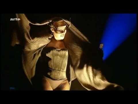 ▶ Grace Jones - Libertango - YouTube