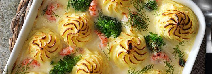 Fiskgratäng med räkor, dill & potatismos