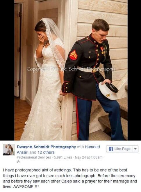 ''Ho fotografato molti matrimoni ma questa è la cosa migliore che mi sia  mai capitato di vedere. Prima della cerimonia e prima di vedersi,  Caleb  ha voluto pregare per la loro unione. Meraviglioso''. Con questo post il fotografo   Dwayne   Schmidt   ha accompagnato lo scatto che ha commosso