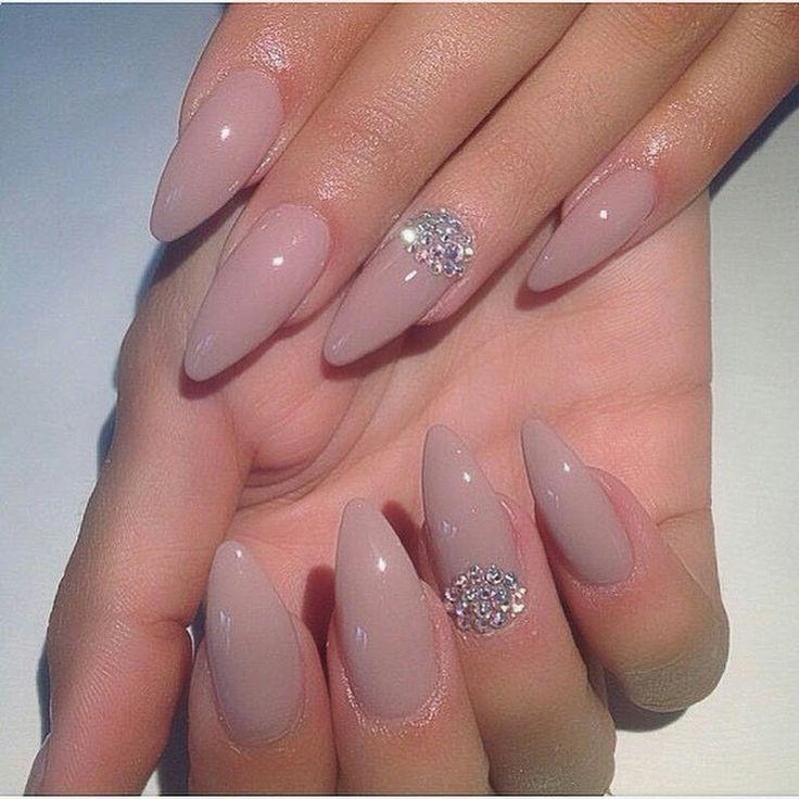 Ich weiß nicht, welche Farbe das ist, aber ich mag es. – Nails
