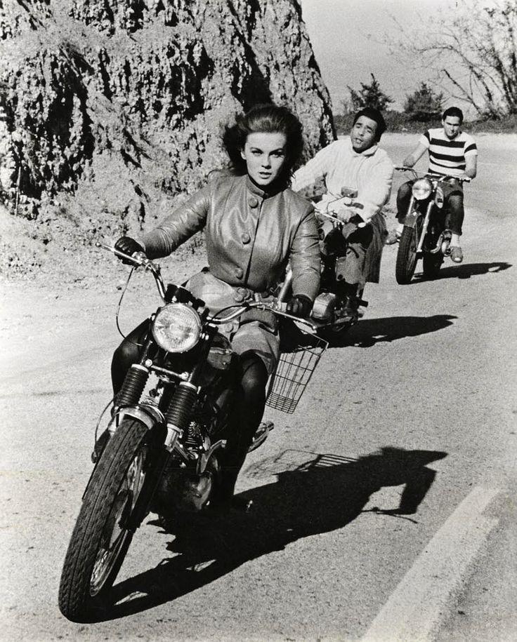 Ann-Margret - The swinger, 1966.