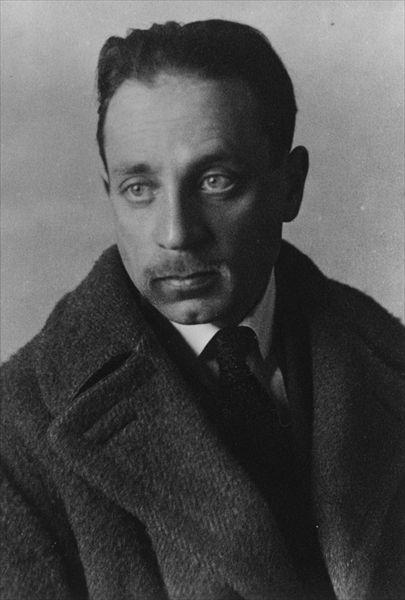 Rainer Maria Rilke (Praag, 4 december 1875 – Montreux, 29 december 1926) was een van de belangrijkste lyrische dichters in de Duitse taal. Daarnaast schreef hij verhalen, een roman, opstellen over kunst en cultuur en ook talrijke vertalingen, onder andere uit het Frans, van literaire werken en lyriek. Zijn omvangrijke briefwisseling vormt een belangrijk deel van zijn literair nalatenschap.