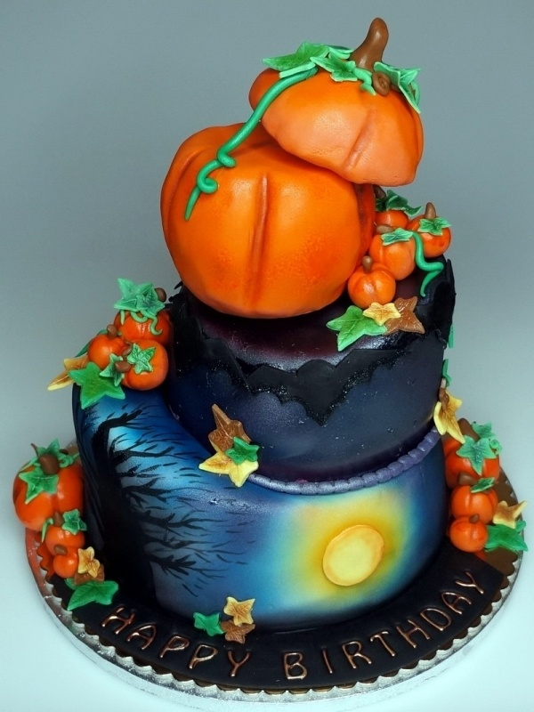 halloween cake - Halloween Decorated Cakes