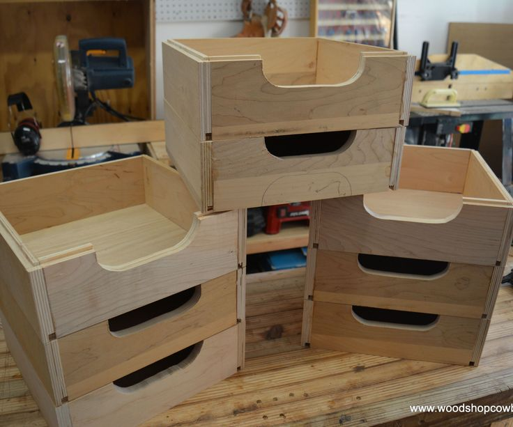 Build stackable shop boxes to keep your workshop or garage organized.