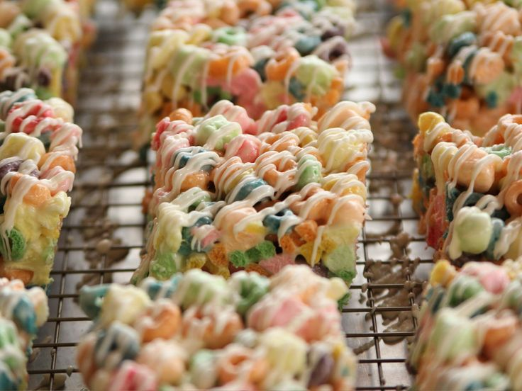 Mike's Crispy Treats recipe from Ree Drummond via Food Network