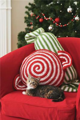 Loops & Threads™ Impeccable™ Ho Ho Celebrations Bolster Pillow - knit