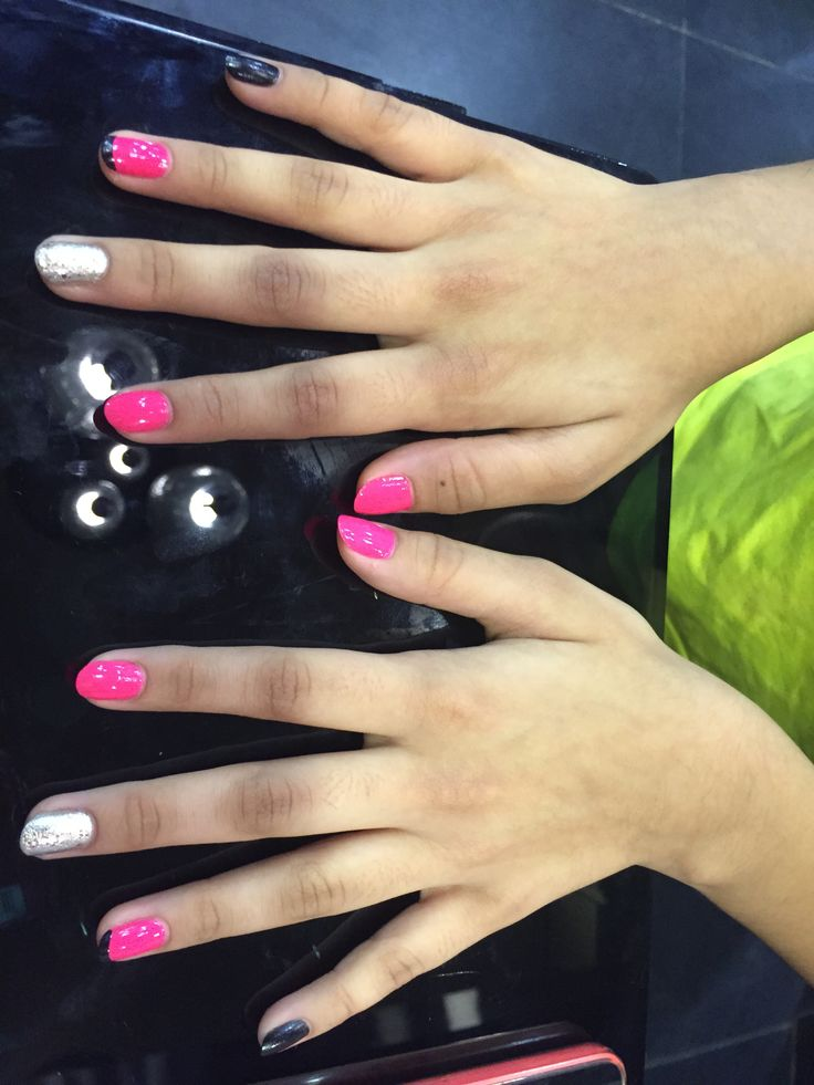 Black and pink french polish with a dash of silver glitter. fun with nails. #notd #nailsoftheday nailart