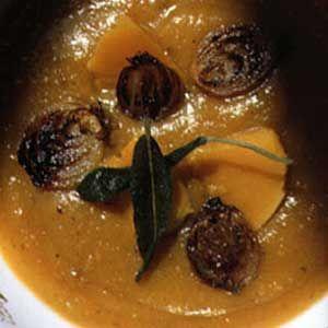 Dýňová polévka se šalvějí  (Pumpkin soup with sage)