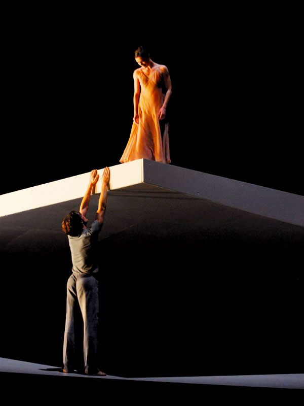Roméo et Juliette est un film de avec Stéphanie D'Oustrac, Yann Beuron. Synopsis : Opéra national de Paris. Le mythe des amants sacrifiés de Vérone, immortalisé par Shakespeare et revisité, pour le Ballet de l'Opéra, par un