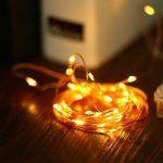 Nog een dingetje voor de kerst! Elke jaar schrik ik me weer te pletter als ik kijk wat leuke LED verlichting kost .. Nu niet meer! 5 Meter LED lichtjes (ja, warm wit!!) met 50 LED's eraan voor maar €2,71 met onze CouponCode!  http://gadgetsfromchina.nl/gave-kerstlichtjes-5-meter-50-led/  #Gadgets #Gadget #Sale #aanbieding #kerst #christmas #LED #lichtjes #licht #lights #light #home #homedecor #decoration #tree #warm-white #Gearbest #China #Coupon #Couponcode #GadgetsFromChina