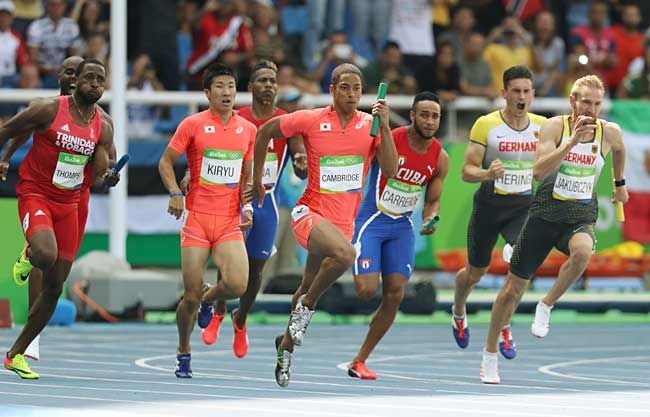 リオデジャネイロ五輪陸上男子…:リオ五輪 男子400メートルリレー 写真特集 - リオ五輪・パラリンピック 2016:時事ドットコム