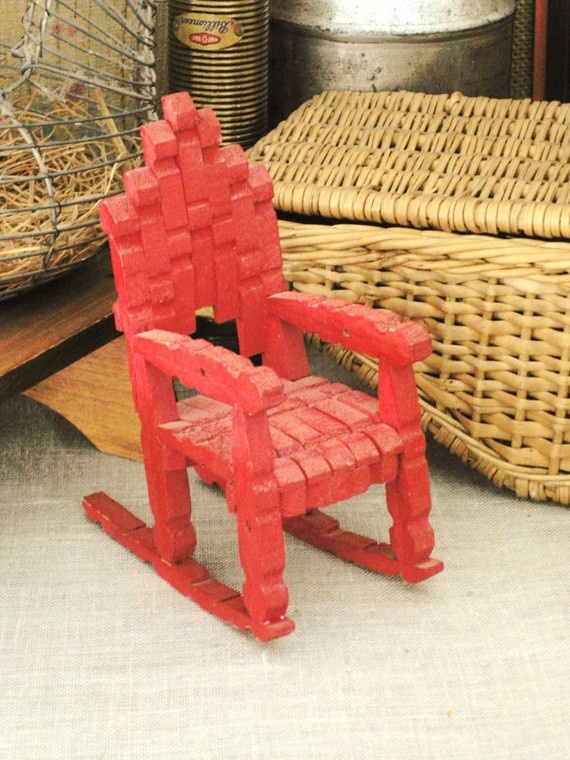 378 best manualidades con ganchos de madera images on for Small wooden rocking chair for crafts