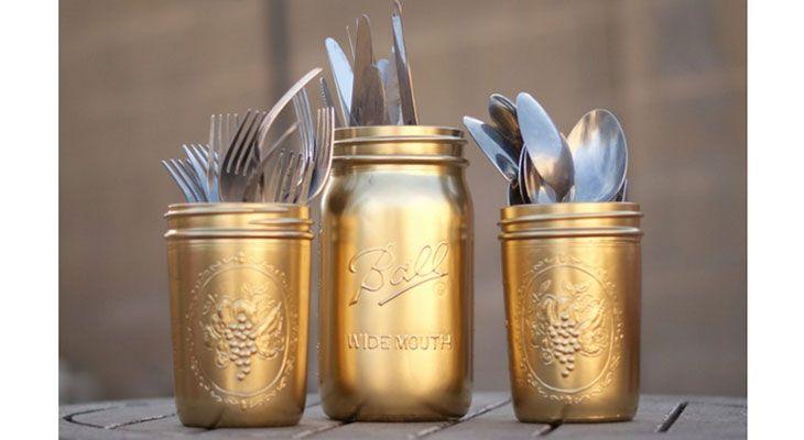 DIY Wedding Ideas on a Budget   Gold Painted Silverware Mason Jars   Vinatge DIY Wedding Decorations