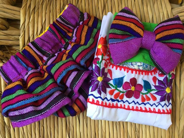 Mexican outfit baby bloomer and top mexican party first birthday day of the dead cinco de mayo halloween cambaya traditional frida 0-3m by Miamorcitocorazon on Etsy
