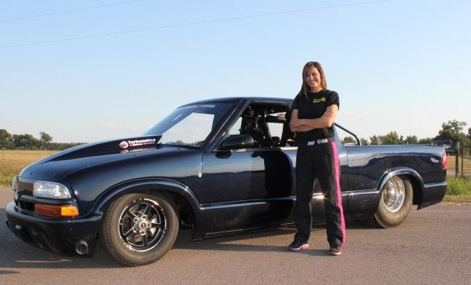 'Fierce' Tina Pierce Races with Street Outlaws' Big Boys | Drag Illustrated | Drag Racing News, Opinion, Interviews, Photos, Videos and More