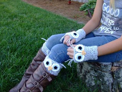 This set is sure to delight any one that you make it for!!!  Beautiful boot cuffs and fingerless gloves that are great for texting or driving.  SKILL LEVEL:  Intermediate   Click here to order this crochet pattern: http://www.maggiescrochet.com/products/owl-fingerless-gloves-boot-cuffs-crochet-pattern
