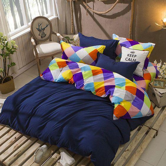 Tmavo modré posteľné obliečky obojstranné