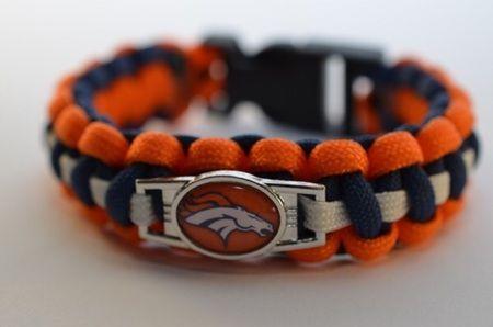Paracord Armband Denver Broncos. Hier mein erstes Paracord Armband der Denver Broncos #lanasparacords #paracord #armband