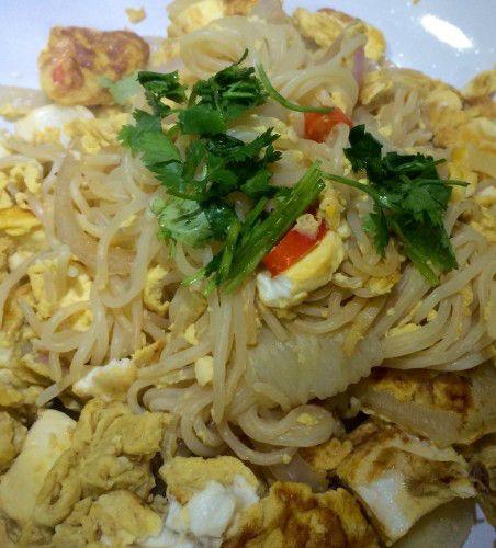 Rührei mit Shirataki Nudeln (Kalorienfrei) und Tofu – Low carb