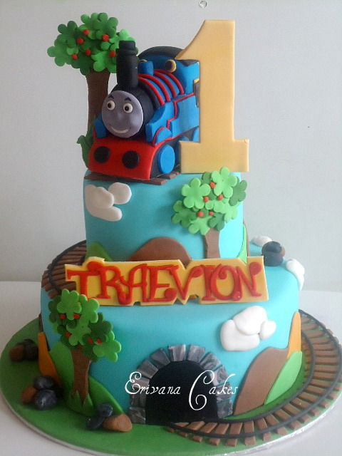 Thomas the Tank Engine Cake 2 (B041)