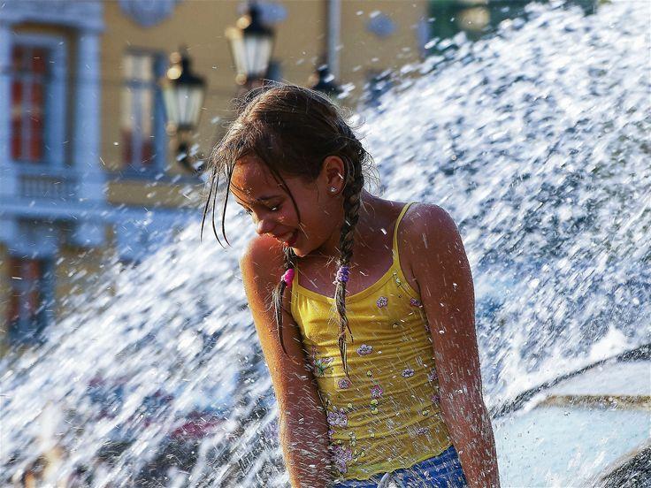 Москва, Охотный ряд. Детство. 2008 год. #Москва #фотографИринаМайсова #photomira #photomirastudio #photoirinamaysova #moscowcity