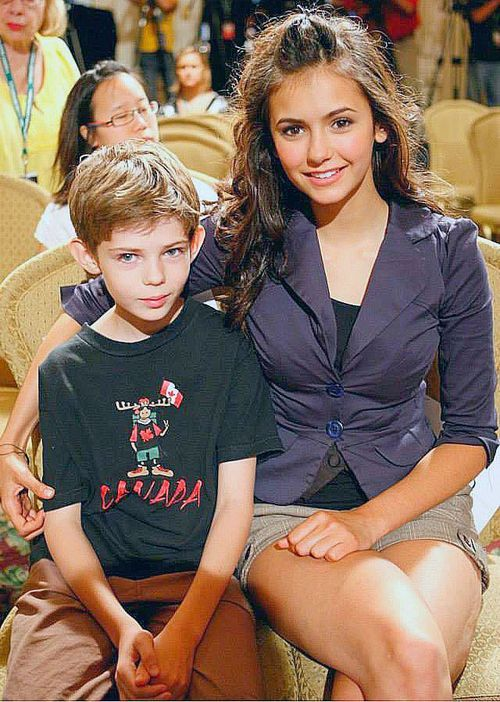 Nina Dobrev and Robbie Kay HE'S SUCH A FETUS IT'S ADORABLE