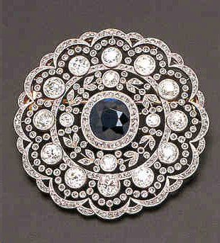 Stunning cushion cut sapphire and diamond brooch - Edwardian era