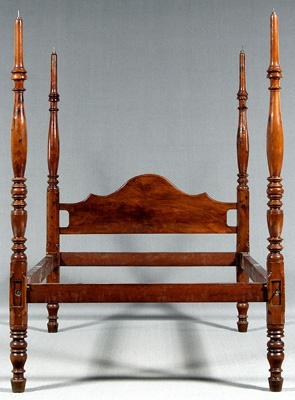 Southern Federal four-poster bed, cherry, red cedar(?) and mahogany, foot posts ring and urn-turned, head posts baluster and ring-turned with figured mahogany arched headboard, 85 x 60-1/4 x 83 in.