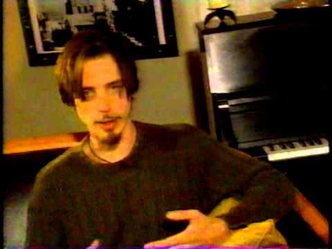 Chris Cornell Talks To Mtv about His First Solo Album Euphoria Morning and Jeff Buckley - YouTube