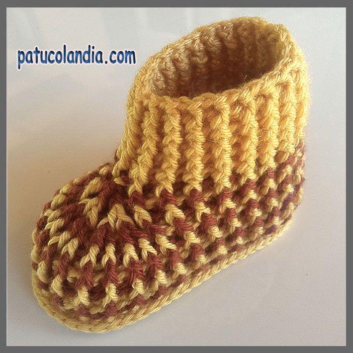 Patuco de ganchillo, tipo calcetín, para bebés hecho a mano, 60% Lana 40% Acrílico Dralón.Hipoalergénico. Otoño-Invierno