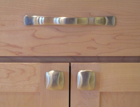 kitchen cabinets handles and knobs - Kitchen Cabinet Hardware Ideas Pulls Or Knobs