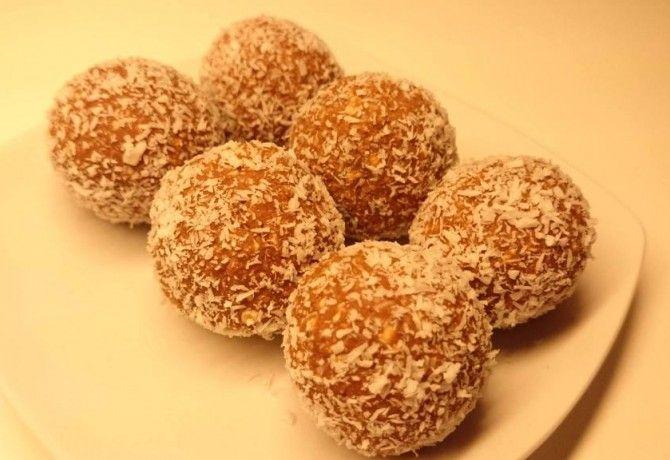 Diétás kókuszgolyó Mágika konyhájából