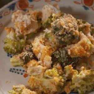 Chicken Divan Casserole (Nancy Fuller)