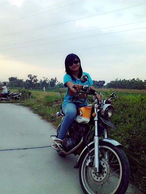 Lady bikers