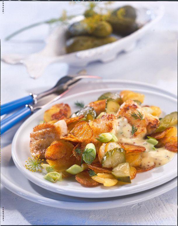 Unser beliebtes Rezept für Bratkartoffeln und Pannfisch und mehr als 55.000 weitere kostenlose Rezepte auf LECKER.de.