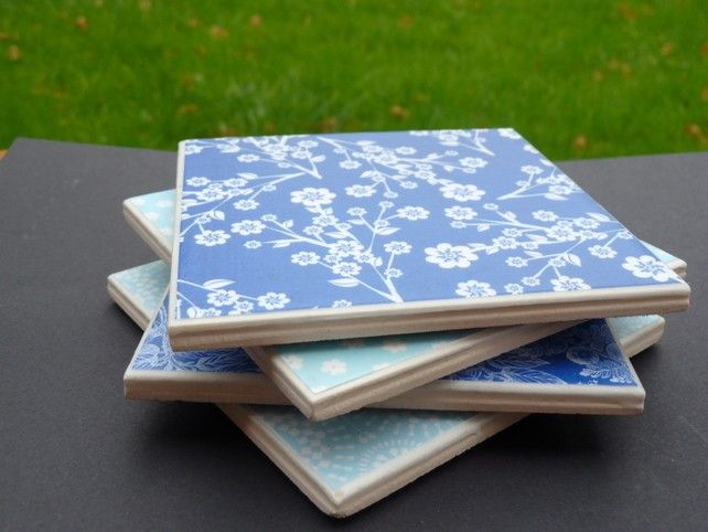 Blue patterned tiles on framestr.com