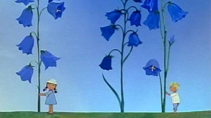 Jokaisessa vuodenajassa on puolensa, tietää Tiina Halosen vastaansanomattoman viehättävän animaation päähenkilö, pikkutyttö nimeltään Myttö.