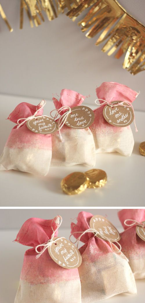 DIY: Dip-dyed treat bags. Easy and so sweet! Perfect for Valentine's Day.